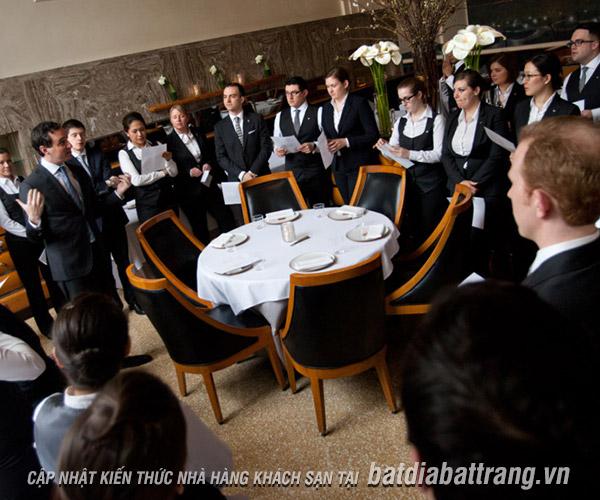 Cơ cấu nhân sự cho nhà hàng theo tiêu chuẩn phổ biến nhất