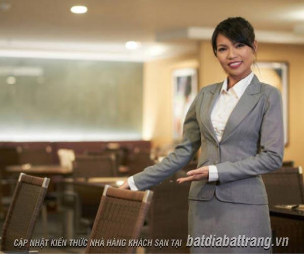 Làm thế nào để đào tạo nhân viên phục vụ nhà hàng chuyên nghiệp?