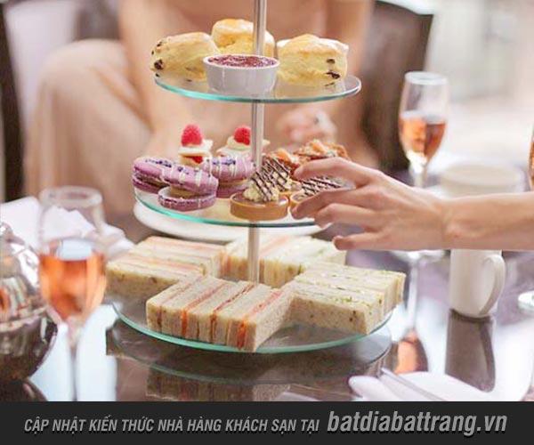 Tại nhà hàng khách sạn thường có các hình thức tiệc nào phổ biến nhất?