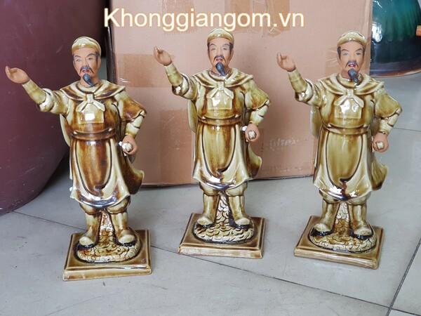 Mẫu tượng Trần Hưng Đạo để bàn