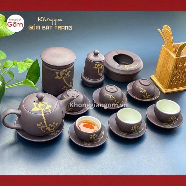 Bộ ấm trà tử sa Bát Tràng vẽ sen nâu đen kèm phụ kiện