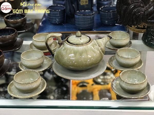 Ấm trà men bóng Bát Tràng